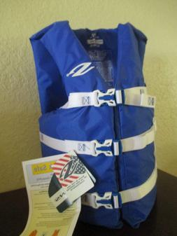 COLEMAN Stearns Adult Classic Universal Life Jacket Flotatio