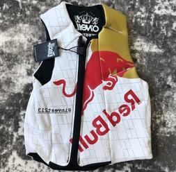 RED BULL ATHLETE COMP VEST - LARGE - LIFE JACKET WAKEBOARDIN